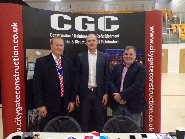 Good to meet you…….(from left)Chamber President Tom Johnston, Dave Palmer and Councillor Nicolson.